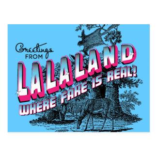 Los saludos de LALA ATERRIZAN - donde está real la Tarjetas Postales