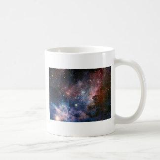 Los secretos ocultados de la nebulosa de Carina Taza Básica Blanca