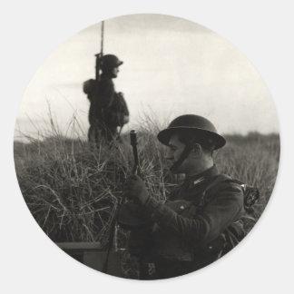 Los soldados polacos de WWII guardan la costa Pegatina Redonda