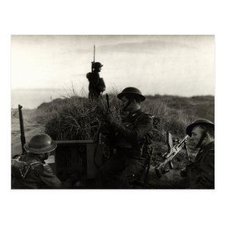 Los soldados polacos de WWII guardan la costa Tarjeta Postal