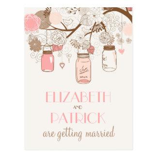Los tarros de albañil rosados del vintage ahorran tarjeta postal