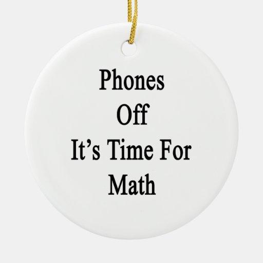 Los teléfonos de él son hora para la matemáticas ornamente de reyes