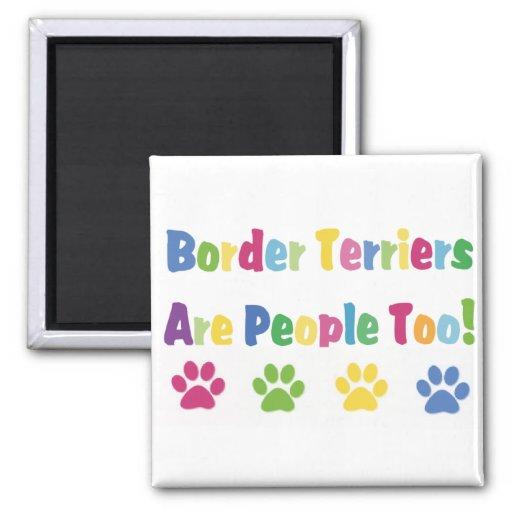 Los terrieres de frontera son gente también imán cuadrado