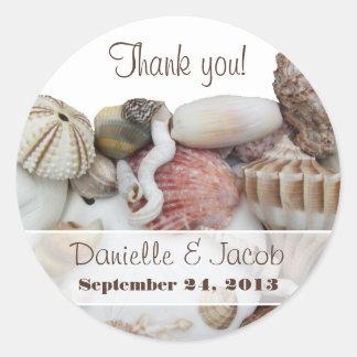 Los tesoros del Seashell personalizaron alrededor Etiqueta Redonda