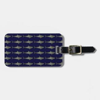 Los tiburones refrescan el modelo etiqueta de equipaje