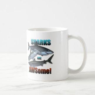 ¡Los tiburones son JAWSome! Taza