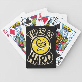 Los tiempos son duros - cubierta de tarjetas barajas