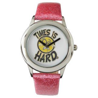 Los tiempos son reloj duro (la banda rosada)