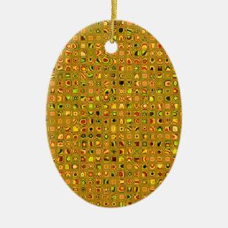 Los tonos de oro de la tierra texturizaron el ornamento para arbol de navidad