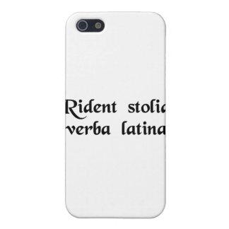 Los tontos se ríen de la lengua latina iPhone 5 protector