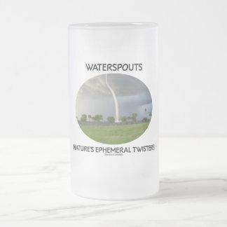Los tornados efímeros de la naturaleza de las taza de cristal