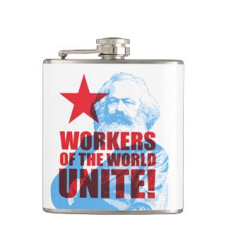 ¡Los trabajadores de Karl Marx del mundo unen! Petaca