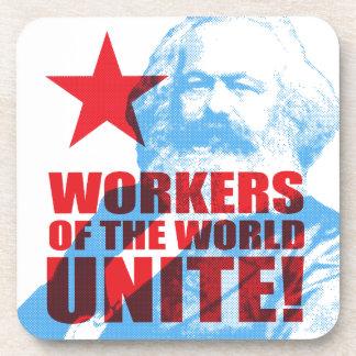 ¡Los trabajadores de Karl Marx del mundo unen! Posavaso