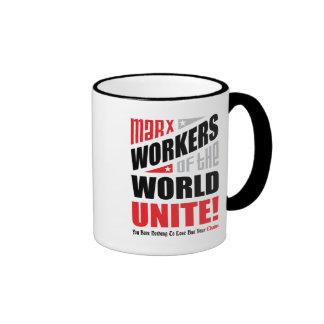 Los trabajadores de Karl Marx del mundo unen Tazas