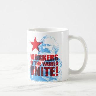 ¡Los trabajadores de Karl Marx del mundo unen! Taza Básica Blanca