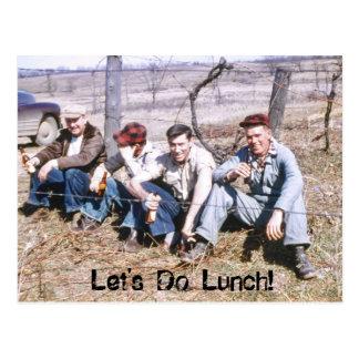 Los trabajadores duros en hora de la almuerzo nos postales
