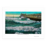 Los trituradores y la playa de PierLong del Postales