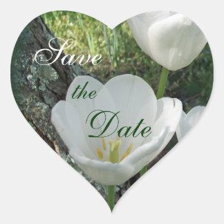 Los tulipanes blancos ahorran la fecha etiqueta