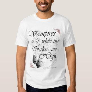 Los vampiros hacen él mientras que las camisas