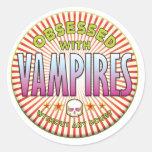 Los vampiros obsesionaron R Etiqueta Redonda