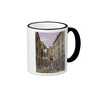 Los verracos dirigen el lugar, antes mesón princip taza de café