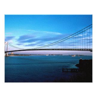 Los Verrazano-Estrechos tienden un puente sobre, N Tarjetón
