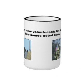 Los veteranos de Vietnam asaltan - elaborado, Taza De Dos Colores