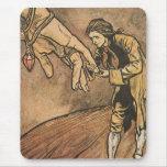 Los viajes de Gulliver del vintage de Arturo Rackh Alfombrilla De Ratones