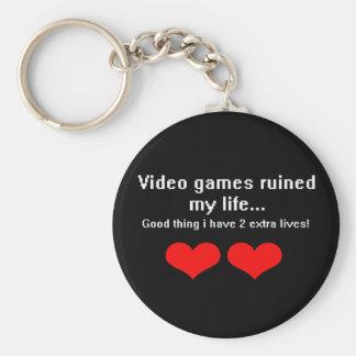 Los videojuegos arruinaron mi vida… llavero redondo tipo pin