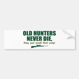 Los viejos cazadores nunca mueren, ellos apenas hu pegatina para auto