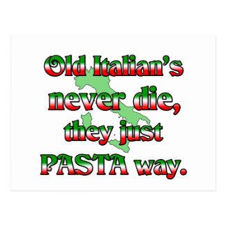Los viejos italianos nunca mueren postal
