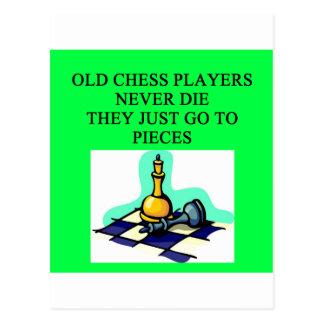 los viejos jugadores de ajedrez nunca mueren postal