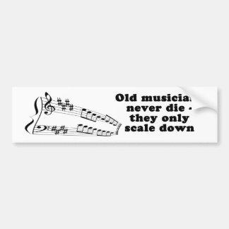 Los viejos músicos nunca mueren - pegatina para el etiqueta de parachoque
