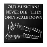 Los viejos músicos nunca mueren teja cerámica
