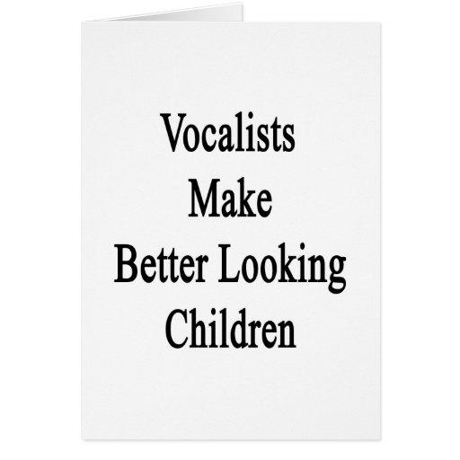 Los vocalistas hacen a niños más apuestos tarjetas
