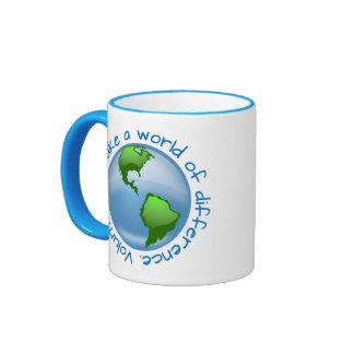 Los voluntarios hacen un mundo de diferencia tazas de café