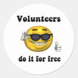 Los voluntarios lo hacen gratis pegatinas