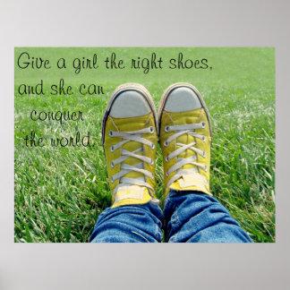 Los zapatos de la derecha póster