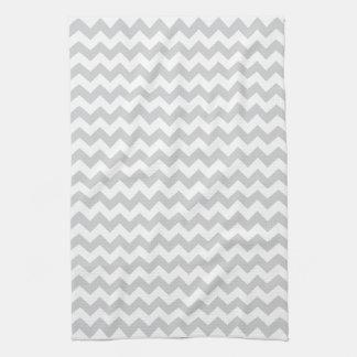 Los zigzags grises pálidos elegantes zigzaguean mo toalla de mano