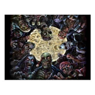 Los zombis atacan (la horda del zombi) tarjetas postales