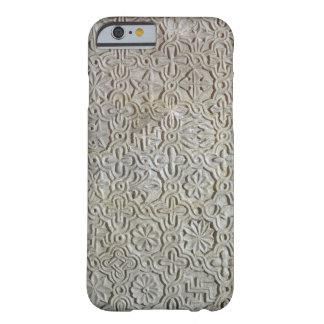 Losa bizantina con la decoración cruciforme, funda barely there iPhone 6