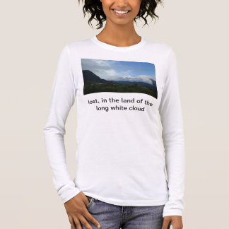 lost, in the land of the long white cloud long sleeve T-Shirt