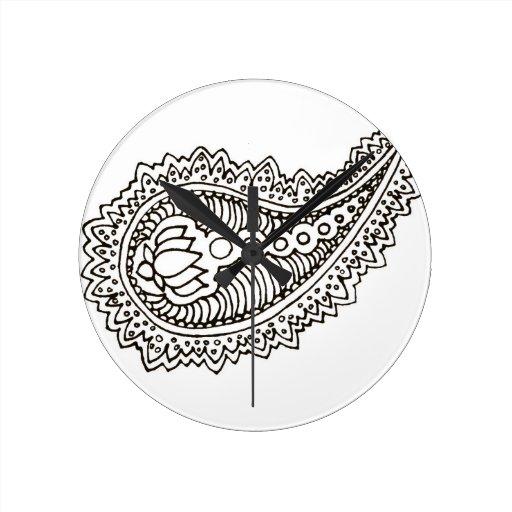 Loto blanco y negro Paisley Reloj De Pared