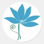 Lotus azul pegatina redonda