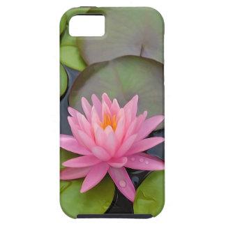 Lotus en la charca iPhone 5 Case-Mate cobertura
