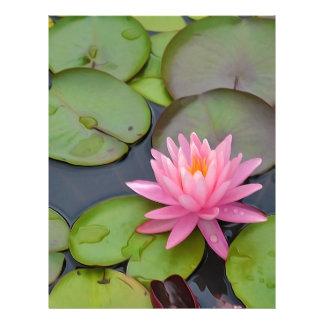 Lotus en la charca plantilla de membrete