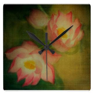 Lotus Reloj Cuadrado