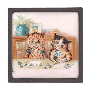 Louis Wain Kitten Writers With Inky Paws Premium Keepsake Box