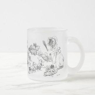 Louis Wain Old Cat in Shoe Nursery Rhyme 10 Oz Frosted Glass Coffee Mug