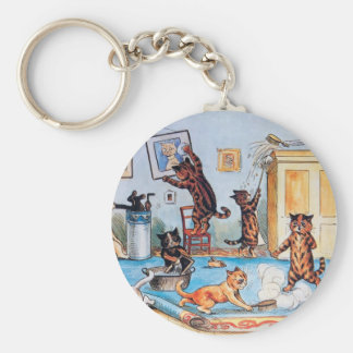 LOUIS WAIN'S FUNNY SPRING CLEANING CATS BASIC ROUND BUTTON KEYCHAIN